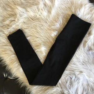Spanx Red Hot Shaping Leggings Small Black NWOT